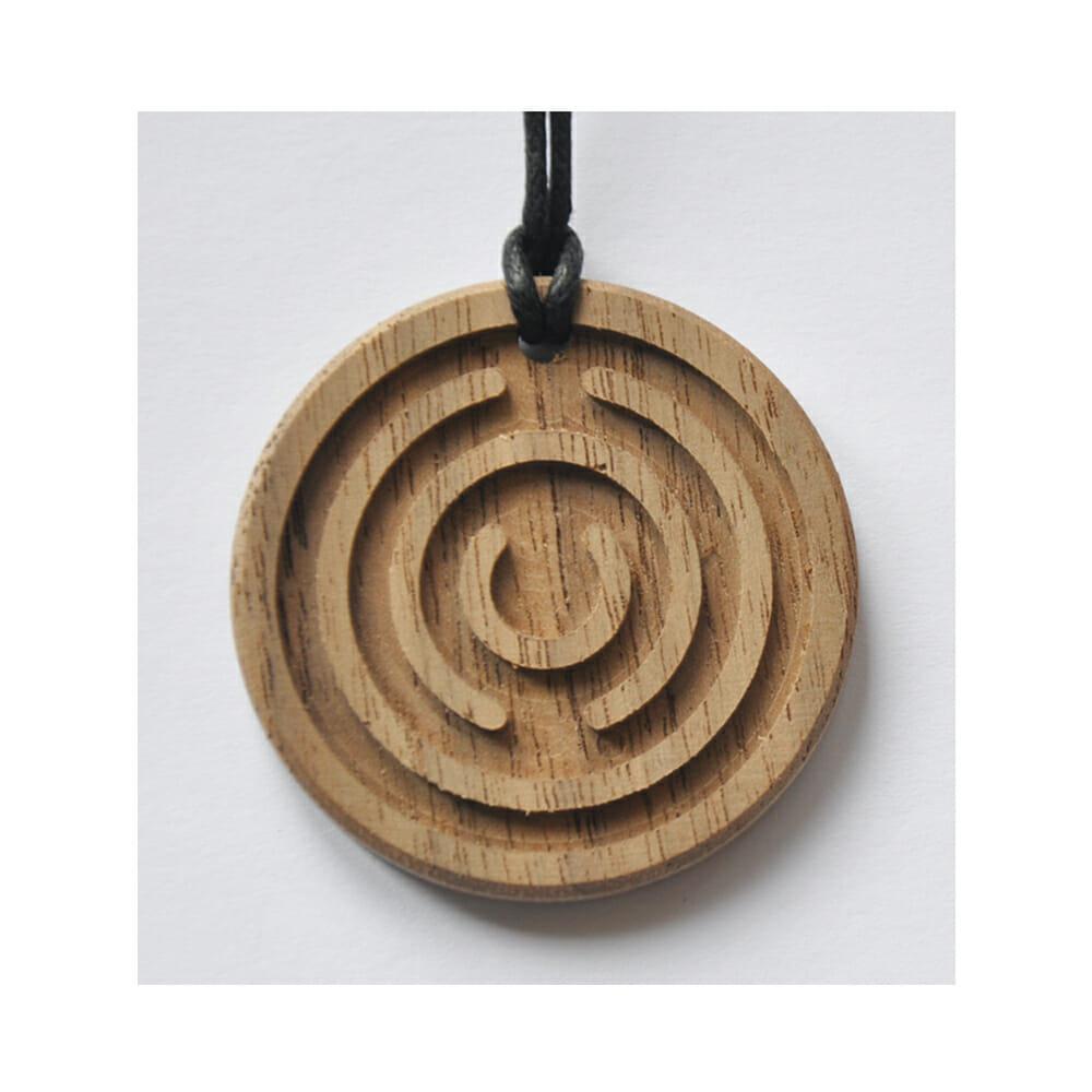 Amulett Holz